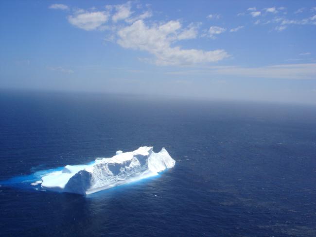 Iceberg 3 1359910